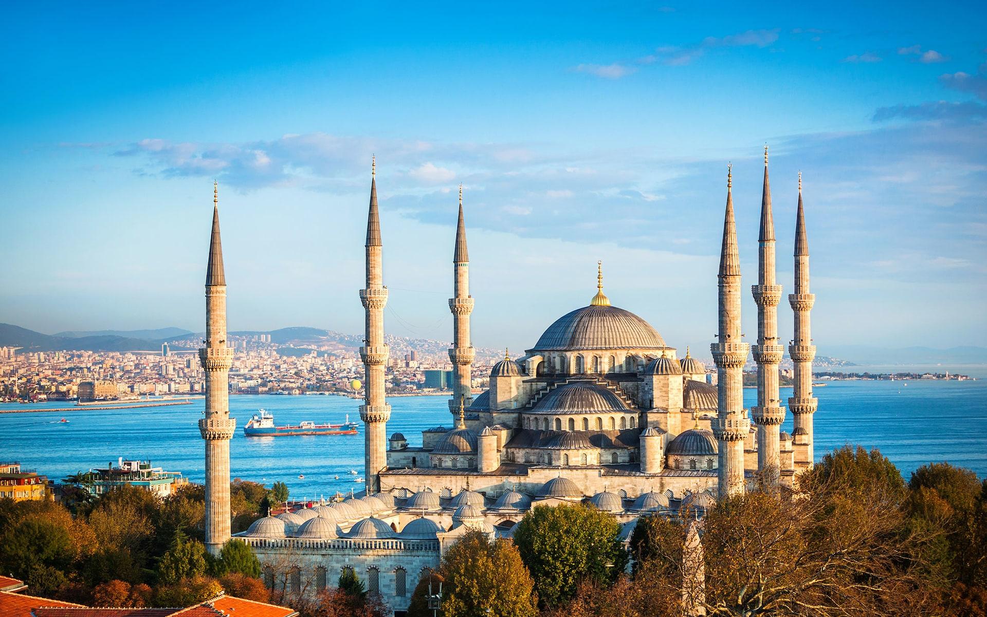 istanbul-guide-lead.jpg