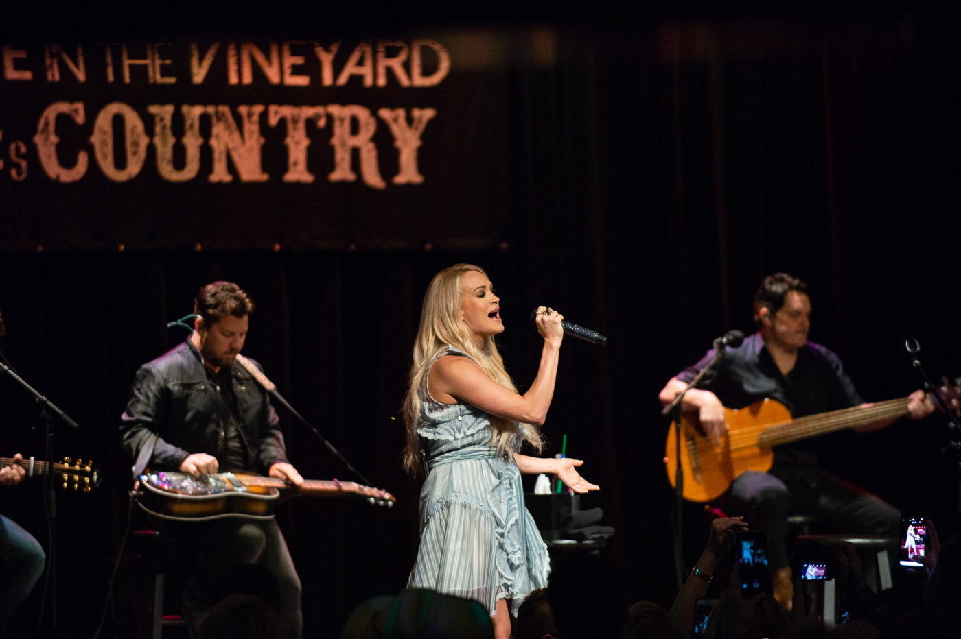 Carrie Underwood headlines at Live in the Vineyard Goes Country in May