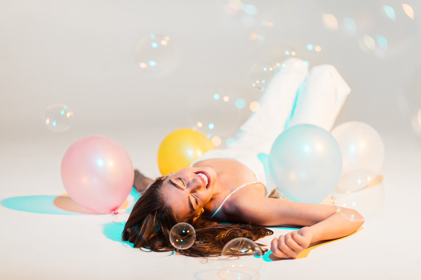 PHOCO Best of 2018 Photograph Fort Collins-37 Senior Pictures Studio Articulate Balloons Bubbles White Torie Wolf.jpg
