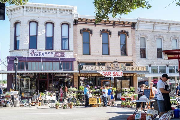 Weatherford-Texas-Square-600.jpg