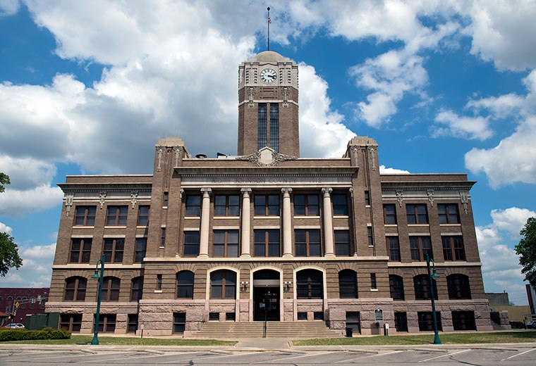 cleburne-town-square-courthouse.jpg