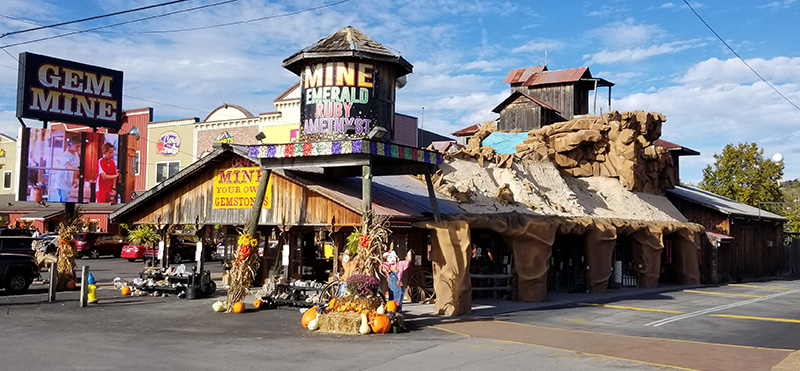 © Pigeon Forge Gem Mine