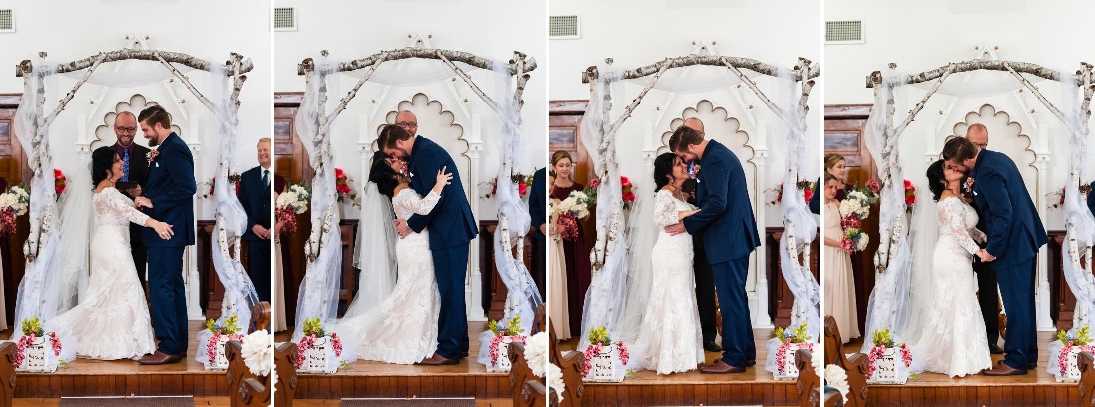 Best Wisconsin Wedding Photographer | Hortonville Opera House