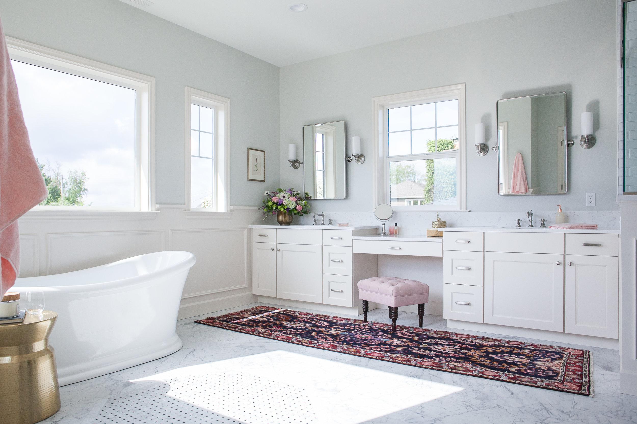 Kimberlee Marie ID- View Ridge Master  Bathroom 2.jpg