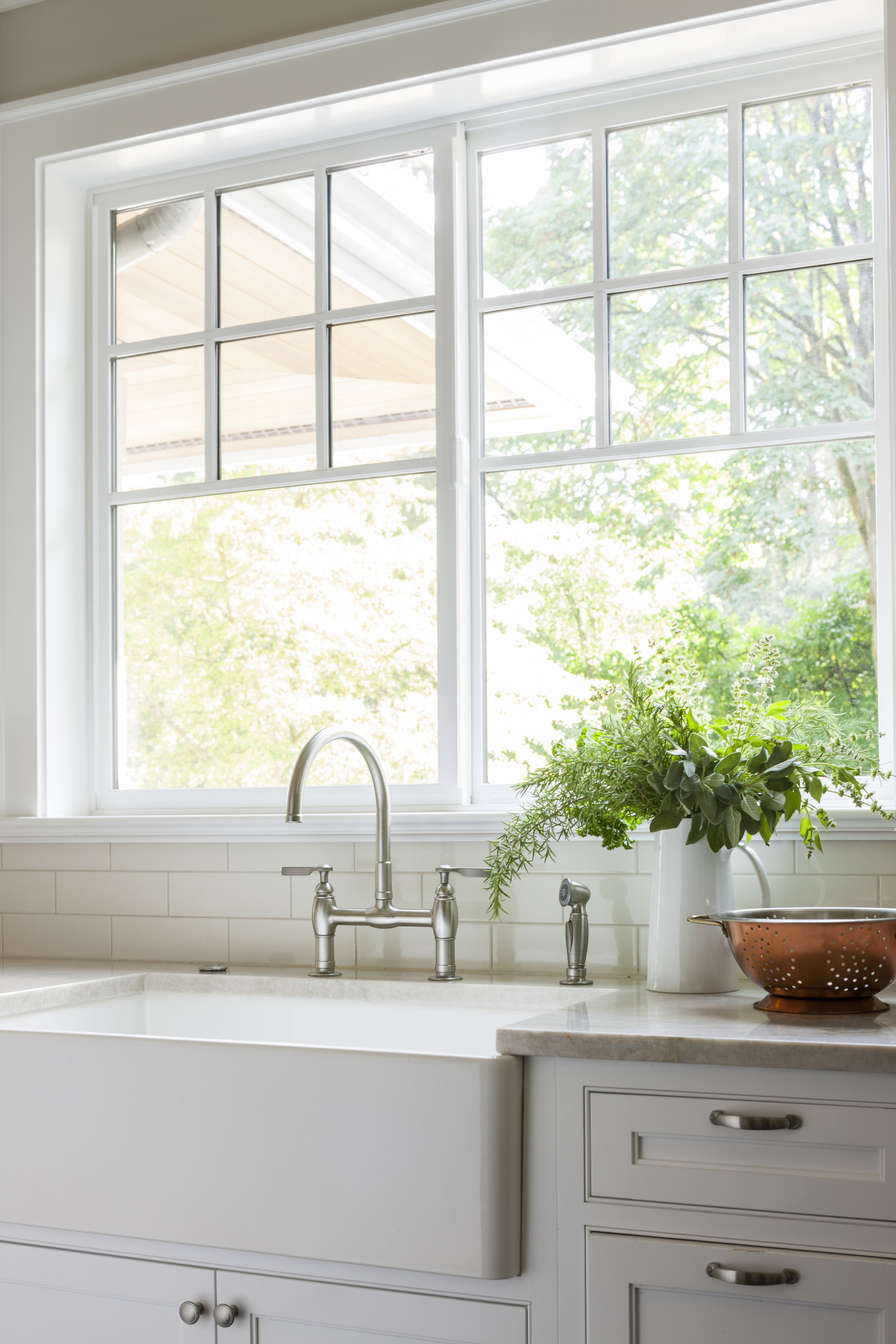 Kimberlee Marie ID- Bellevue Craftsman- Kitchen Sink.jpg