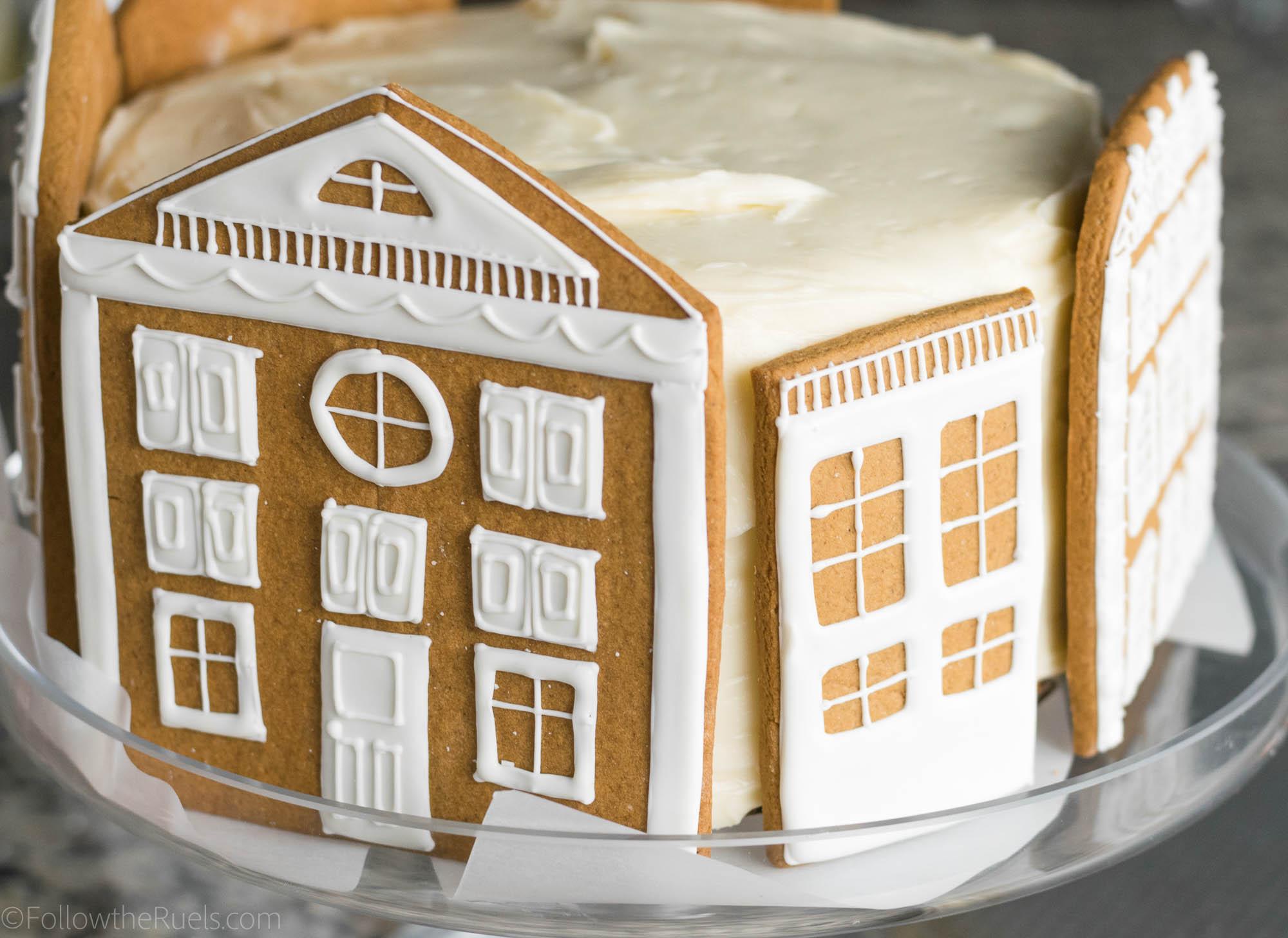 Gingerbread-Village-Cake-12.jpg