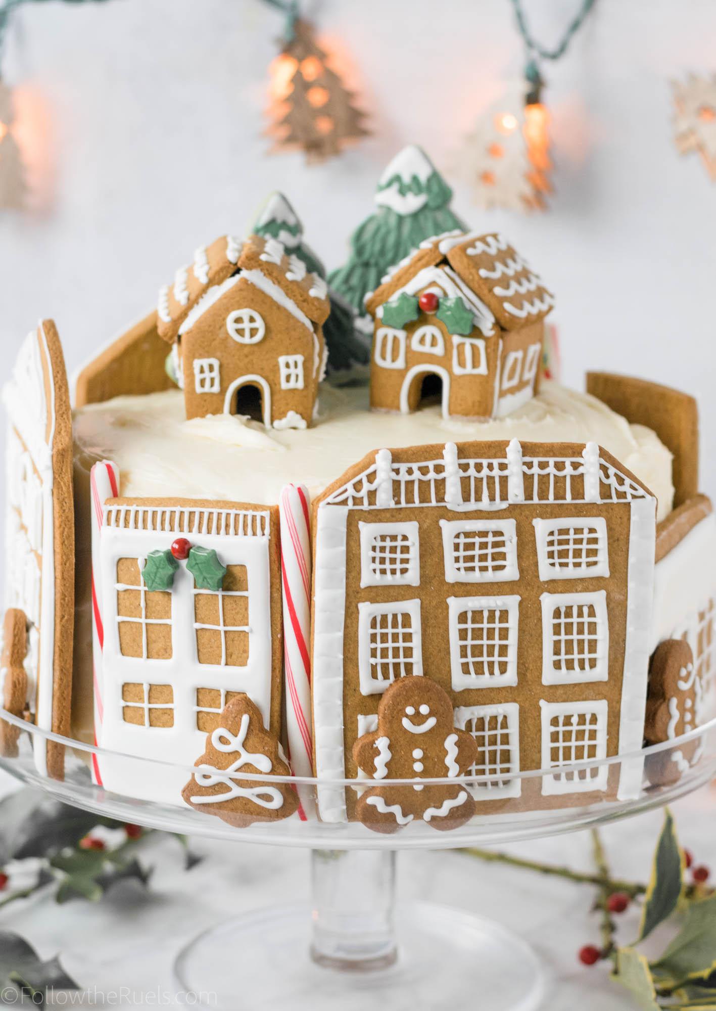 Gingerbread-Village-Cake-15.jpg