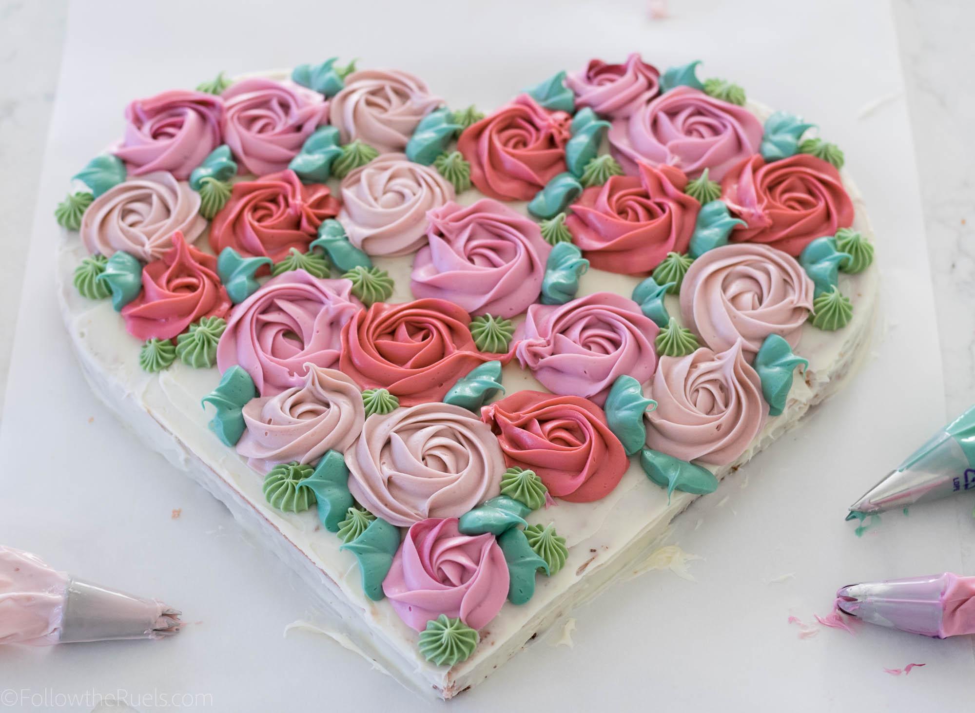 Flower-Heart-Cake-6.jpg