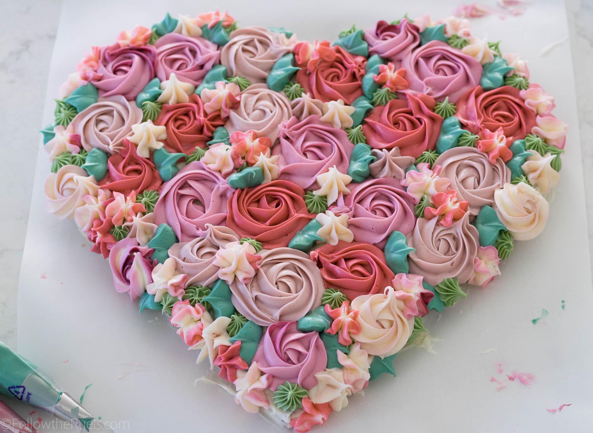 Flower-Heart-Cake-7.jpg