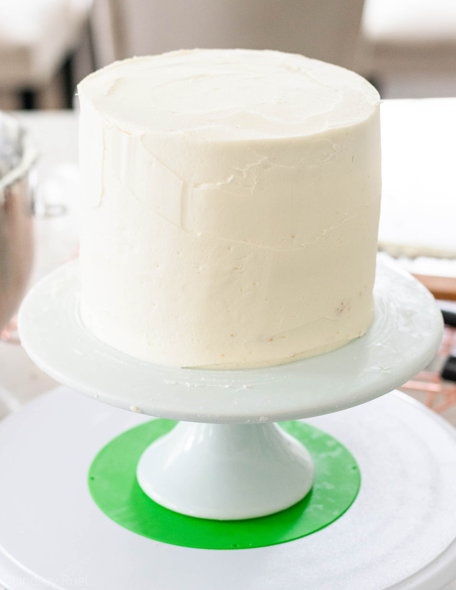 Gender-Reveal-Cake-10.jpg