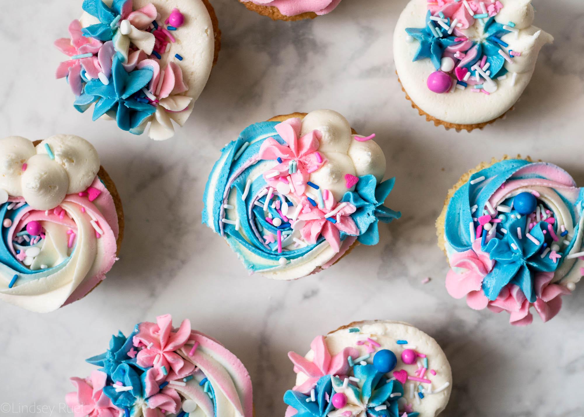 Gender-Reveal-Cupcakes-11.jpg