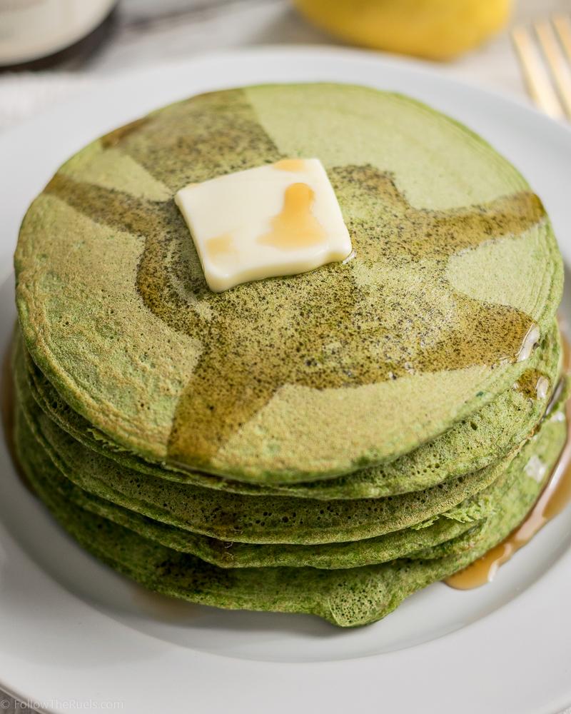 Green-Pancakes-11.jpg