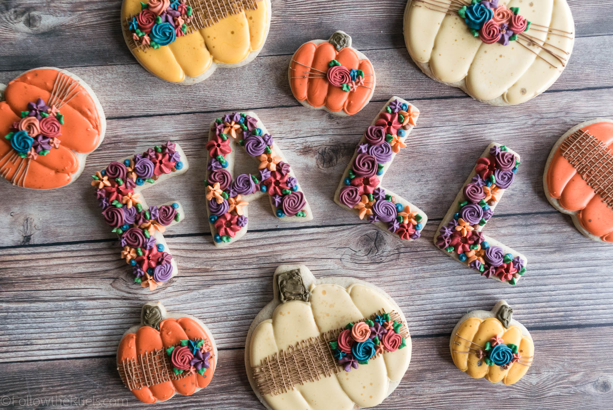 Fall-Pumpkin-Cookies-14.jpg