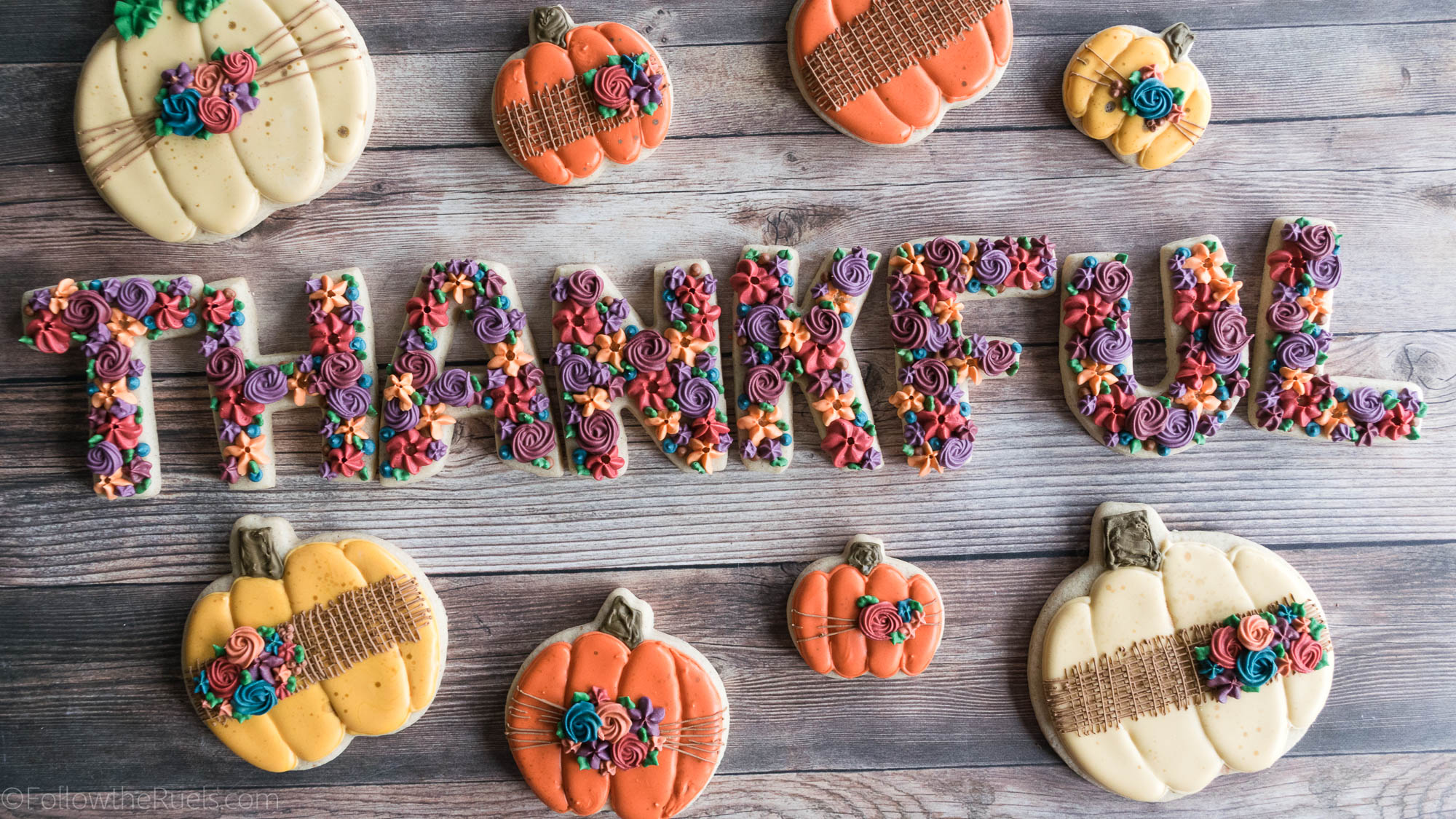 Fall-Pumpkin-Cookies-21.jpg
