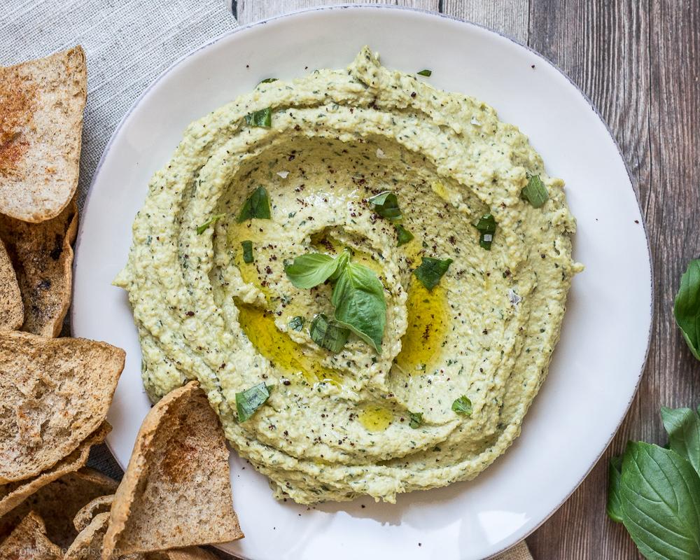 Pesto-Hummus2-3.jpg
