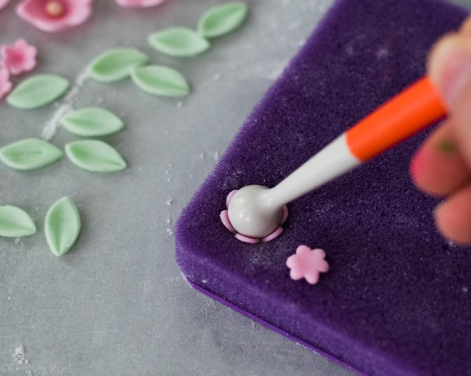 Fondant-Flower-Cookies-3.jpg
