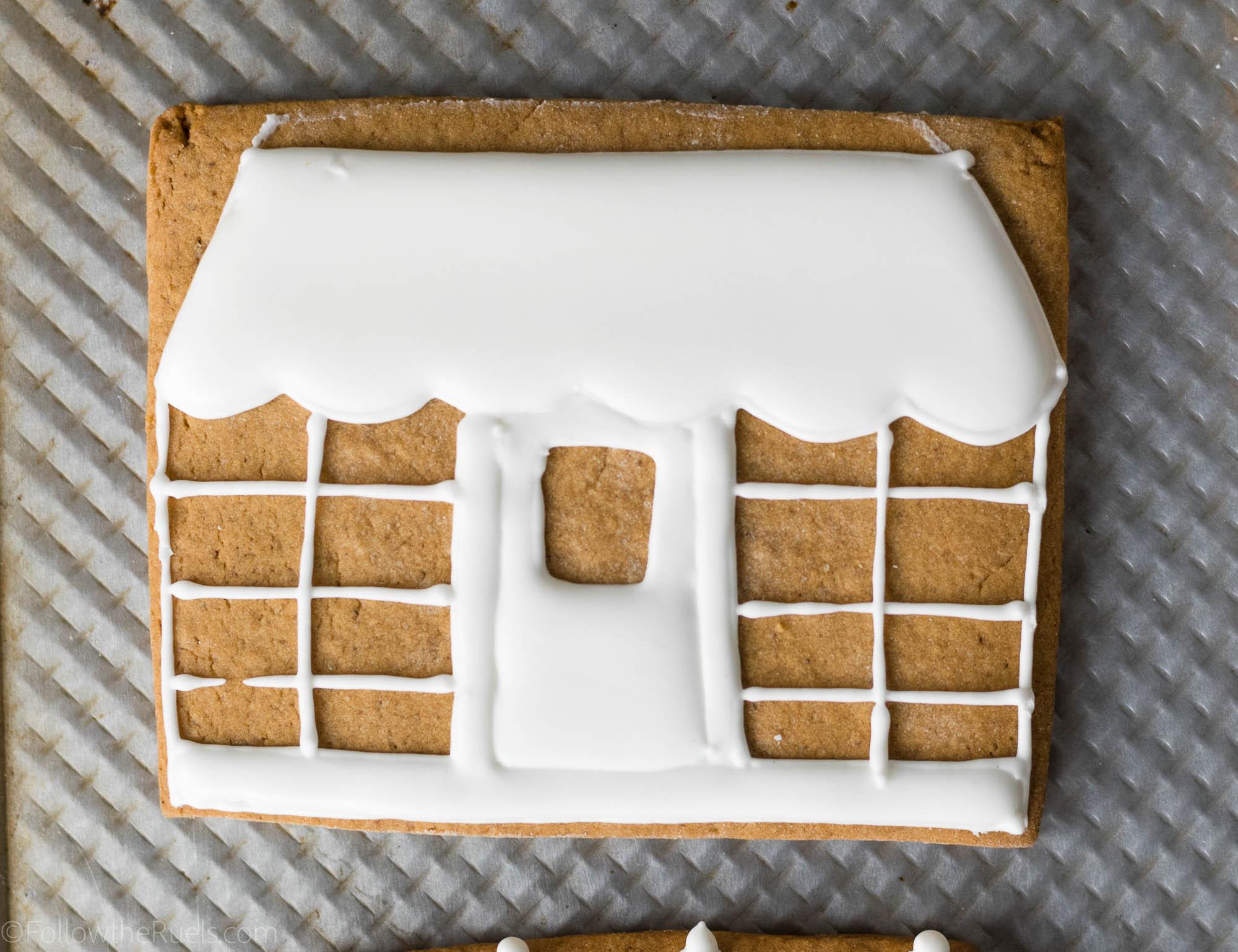 Gingerbread Village Cake-10.jpg