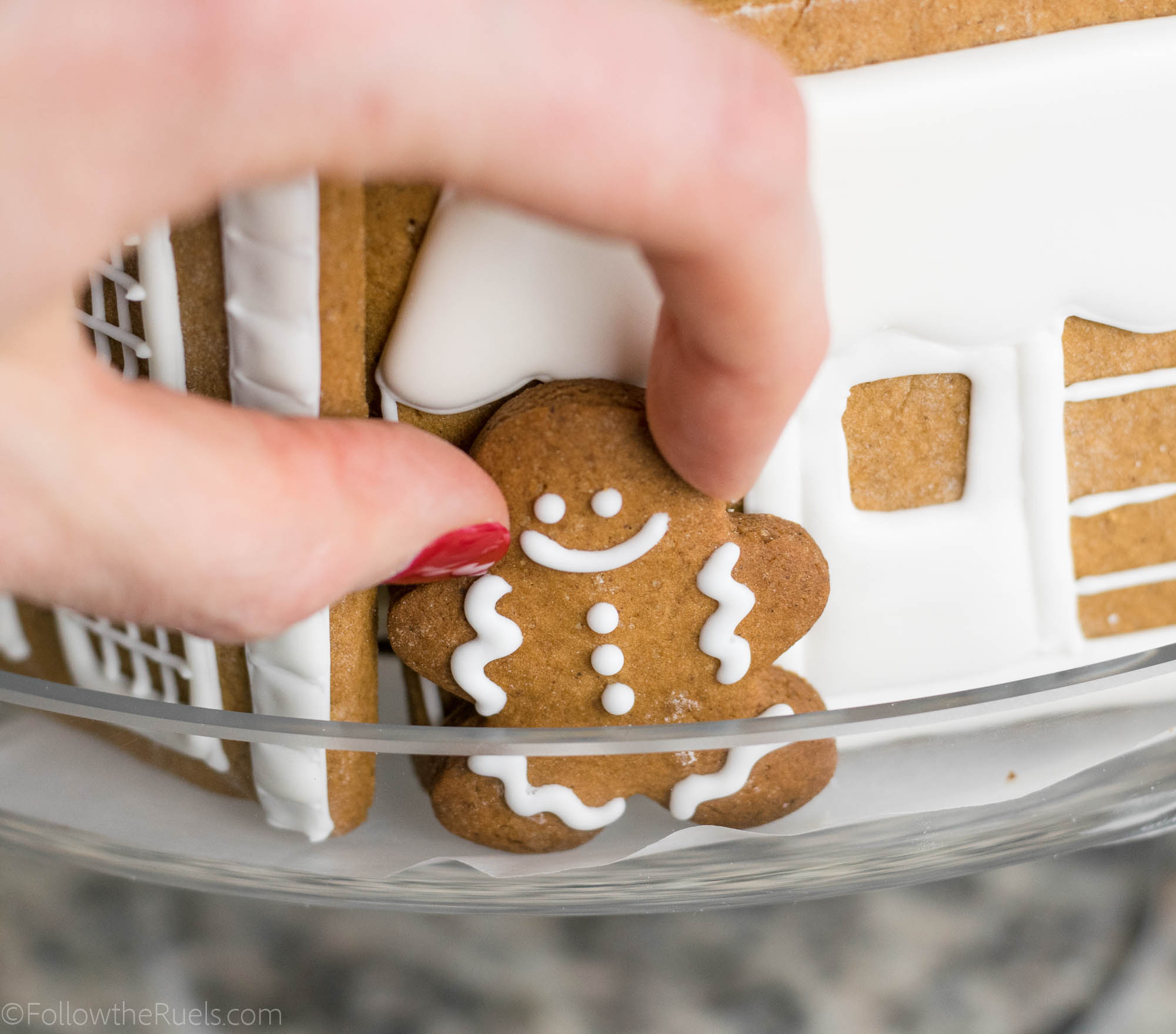 Gingerbread Village Cake-14.jpg