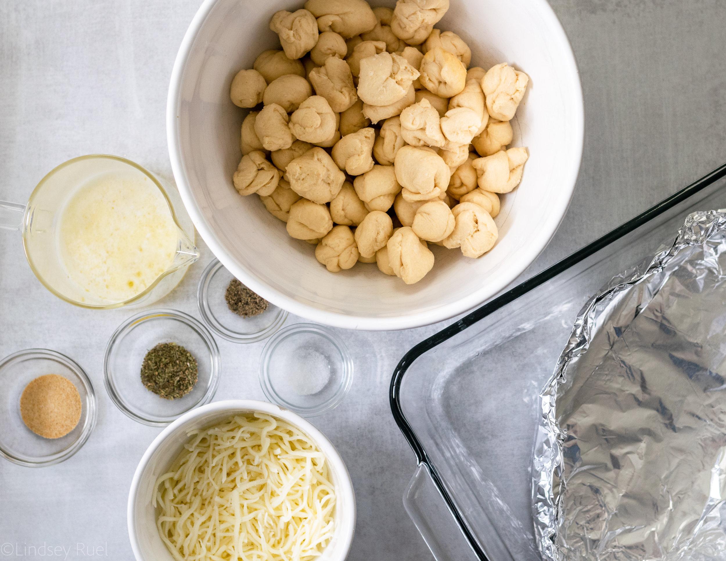 Cheesy Garlic Monkey Bread-1.jpg