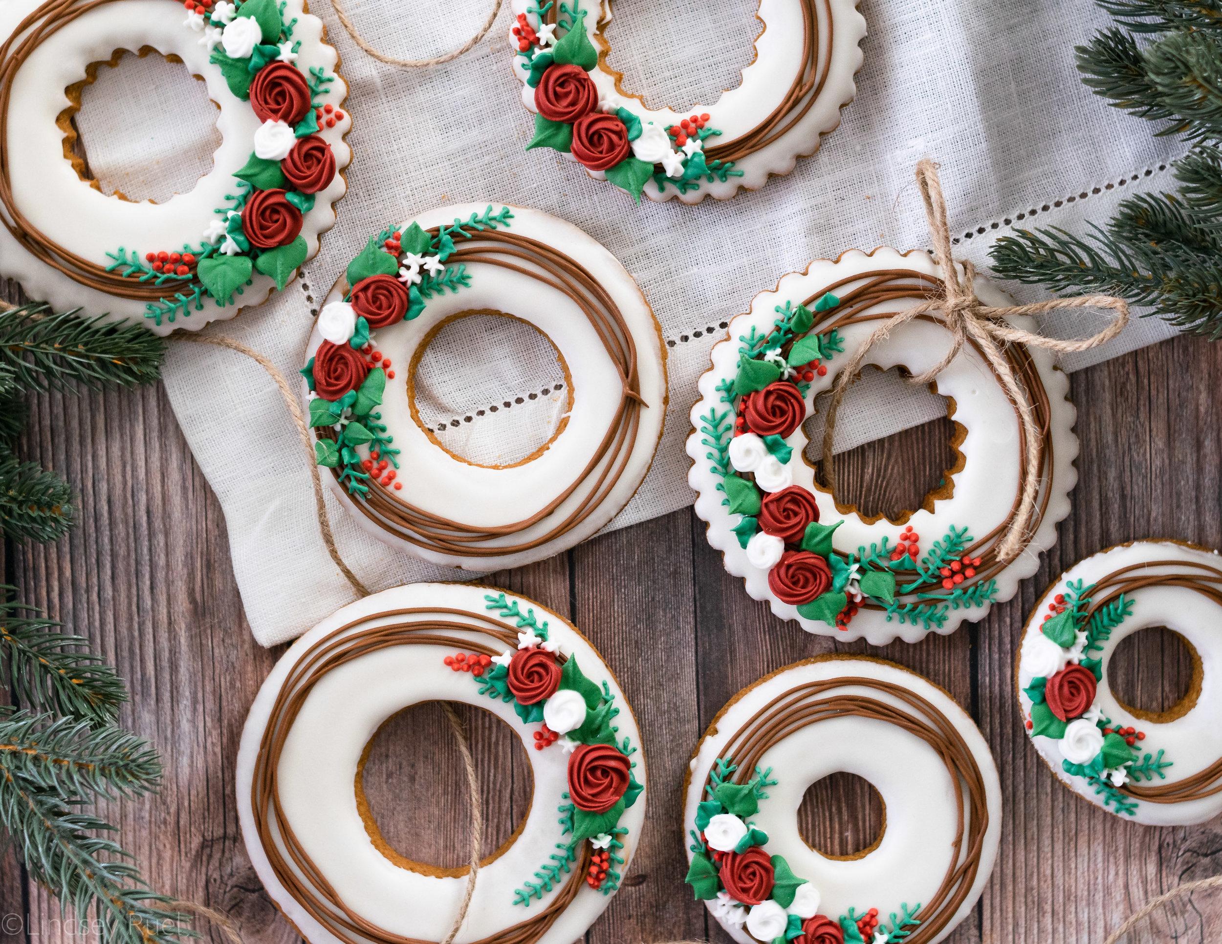 Christmas Wreath Cookies-1.jpg