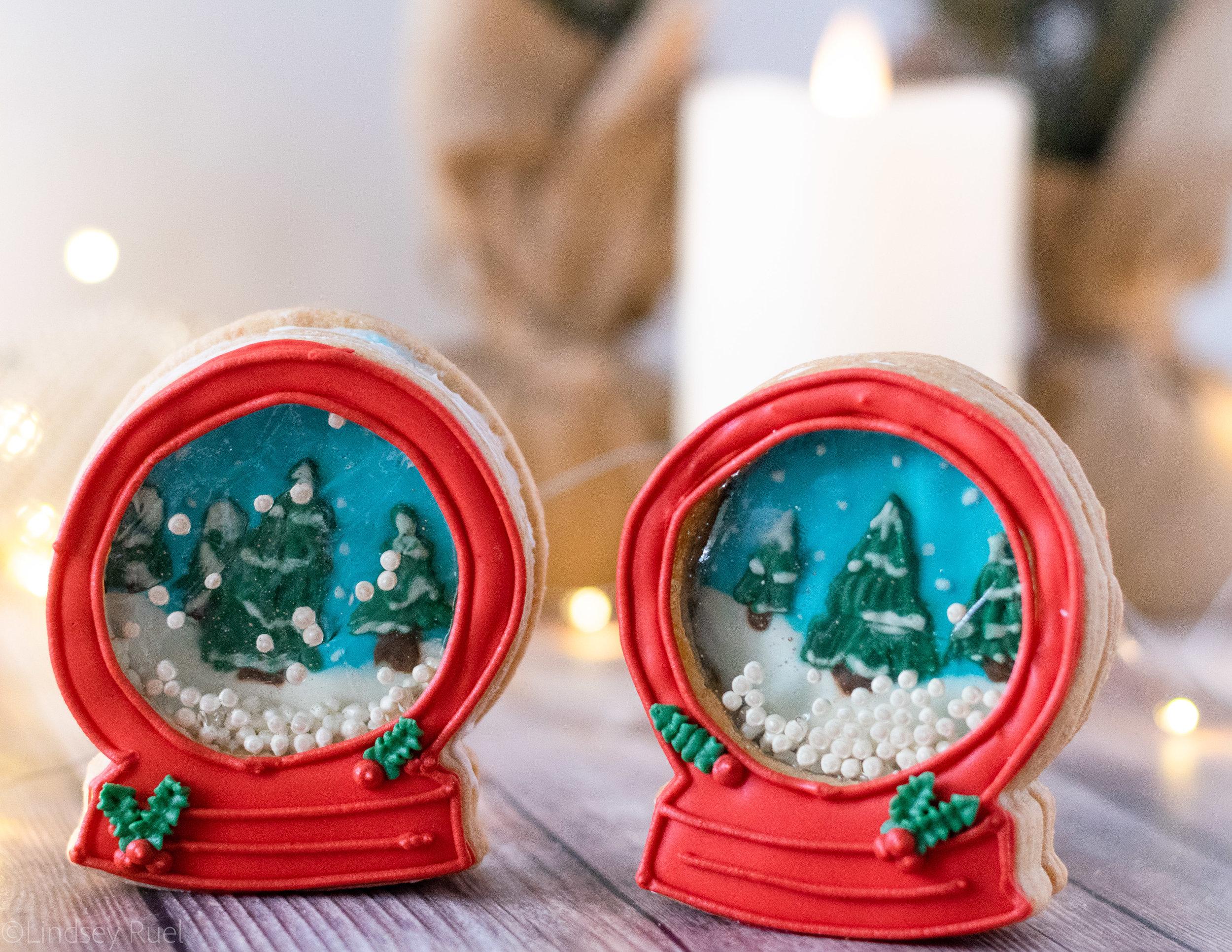 Snow Globe Cookies-16.jpg