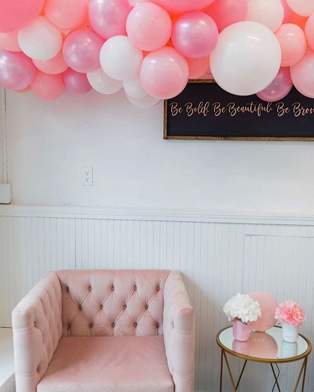 Balloons can actually make you feel joy. . . . . . #balloongarland #organicballoonarch #organicballoons #grandopening #partydecor