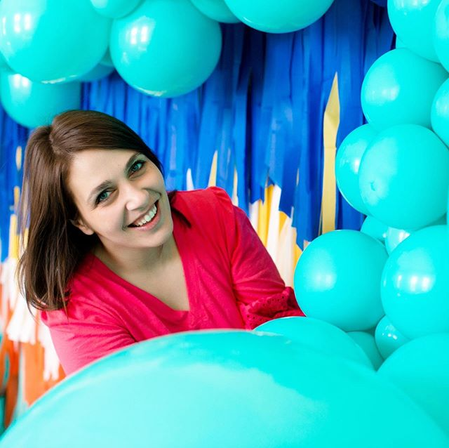 Hey friends!  I have a lot of new faces around here so it's time for an introduction!  I'm Jackie, owner and creative behind Ballon Bar! . People ask me all the time how I got into balloons and the answer is never an easy one. Last year, my sister passed away at just 39 years old from Stage 4 Uterine Cancer. With grief, came a while new set of emotions I didn't know what to do with, so I decided to pick up balloon art on top of my full-time job and a part-time job...to keep my mind off of it. It didn't work, but I did start creating some pretty cool bodies of art!  Since then, I have taken courses and trainings on ballooning to learn techniques to keep it coming! . I'm a messy human. Email is the bane of my existence, and phone calls make me cringe. 😂 I know I must do these things, so I take one for the team daily! . One of my favorite parts about doing this is building relationships with people!  I have the BEST clients and an amazing community! The women here are incredibly supportive and I could have never imagined the connections I would make with other women in business doing this. . On this page, I talk about A LOT more than balloons. In my stories, you will hear me talk about my struggles, my passions (youth, social justice, criminal justice reform, mental health) and I share about my life. . I have 2 kids I try to keep out of social media as much as possible, to respect thier privacy, but sometimes you will see these little humans pop up occasionally. My daughter loves painting my face or nails with crayons and markers...all the time. My son, talking about math, bugs and nature. . Owning a business is the hardest thing I've ever done, and it is a constant push and pull to keep my sanity in tact, but I love it SO MUCH!! I am expanding into new cities so you'll see me popping up in Omaha, Kansas City, Charlotte, Asheville and wherever life takes me next!