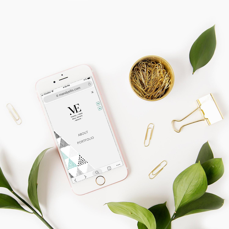 Mandy Ellis mobile menu by Jodi Neufeld Design | Squarespace web designer