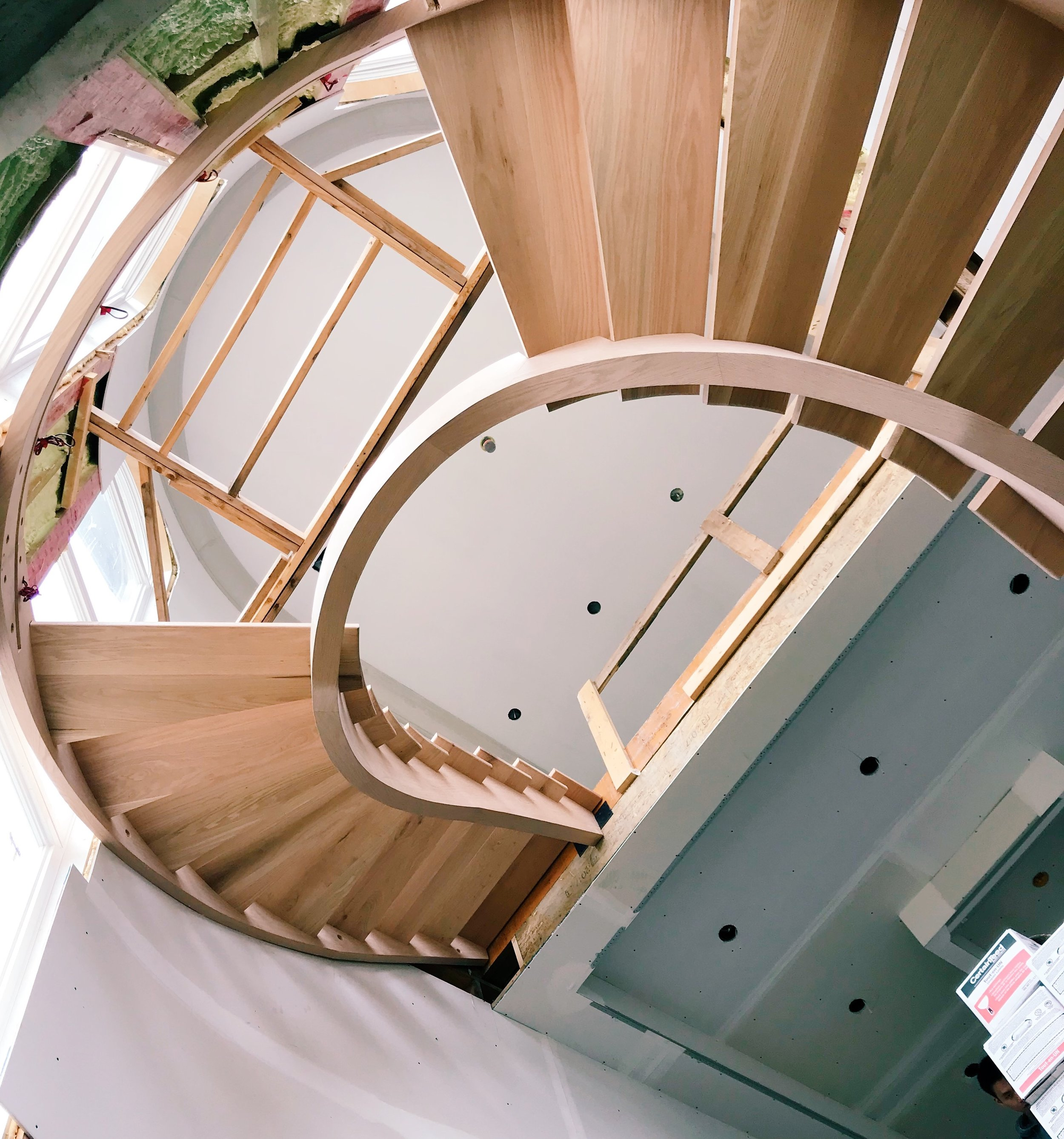 ConstructingNew Stairs - Constructing brand new staircase is not an easy job. After stair tread production, step by step we build the staircase as a team. With solidwood stringers, risers, treads, but most importantly, with our 20 years of field experience. Today, we assist builders in finishing the last touch to their project.