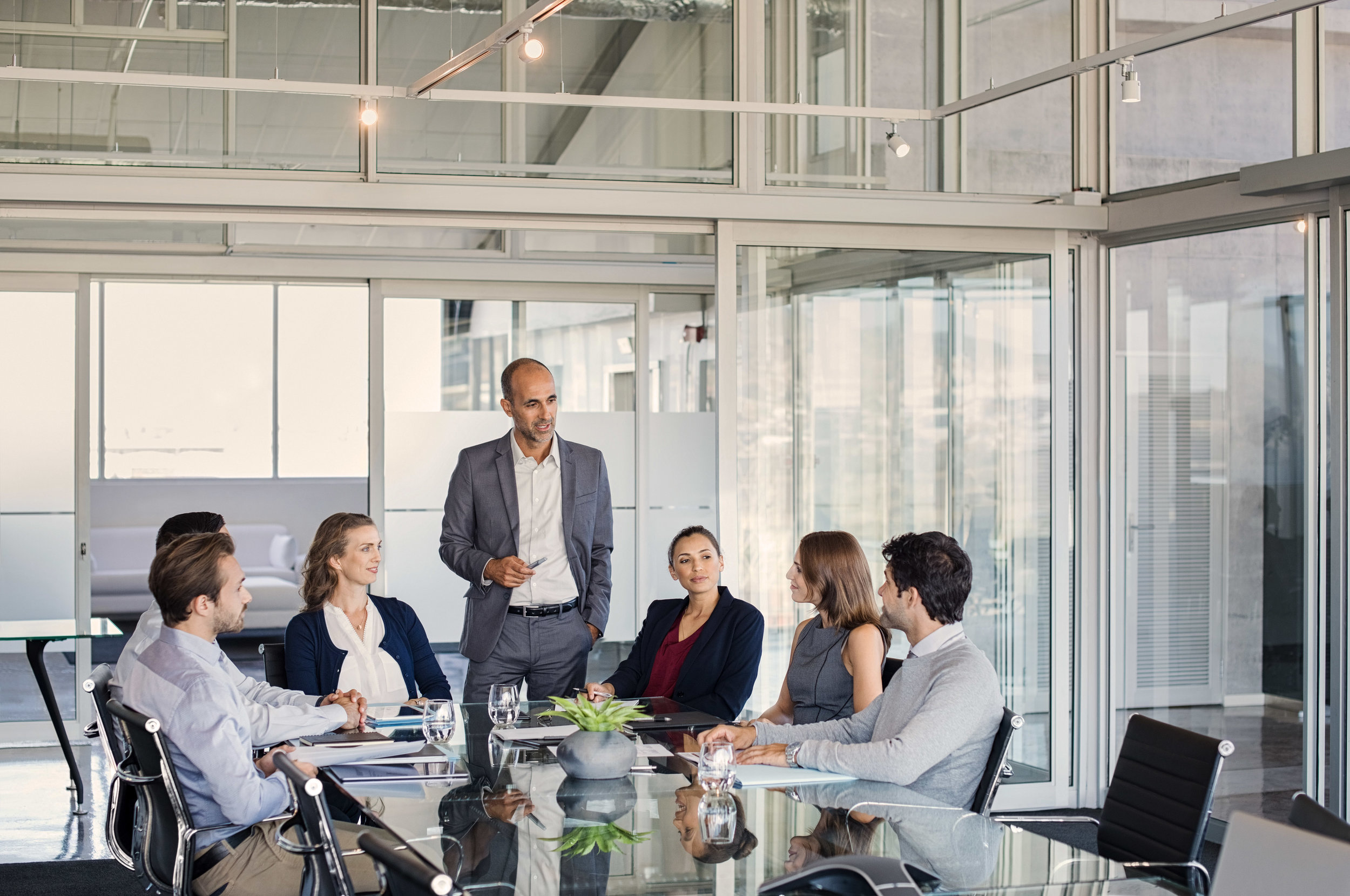 Executive Roundtables - Our expert-led peer advisory groups bring together business leaders in a safe, confidential environment once a month for support, education in thought-leader best practices and strategic problem solving.