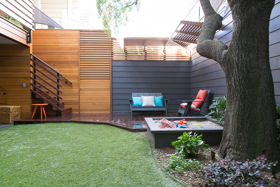 Custom-Construction-Lake-Street-Back-Yard-1.jpg