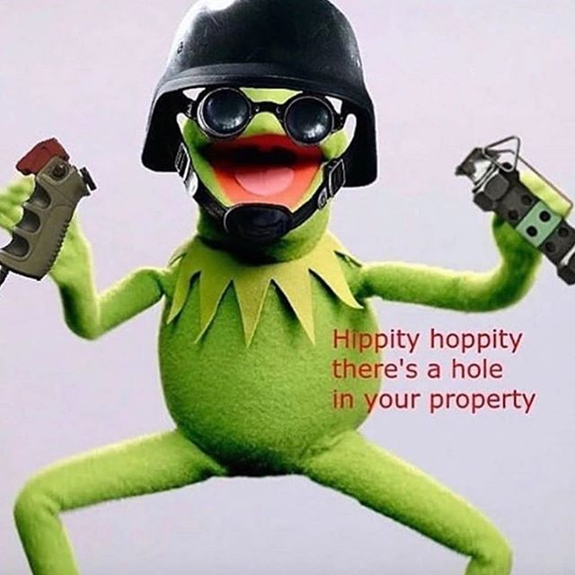 What happens when you combine your forever game with your forever meme... . . . #kermitmemes #kermitnevergetsold #rainbowsixsiege #rainbowsixsiegememes #siegememes #kermit #meme #memes