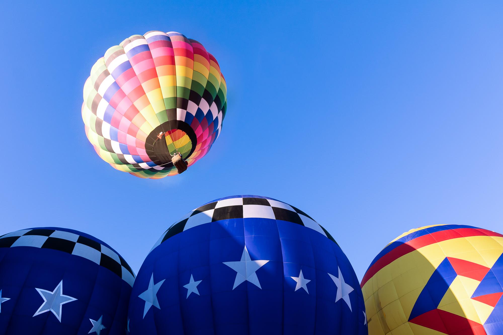one-balloon-rises.jpg