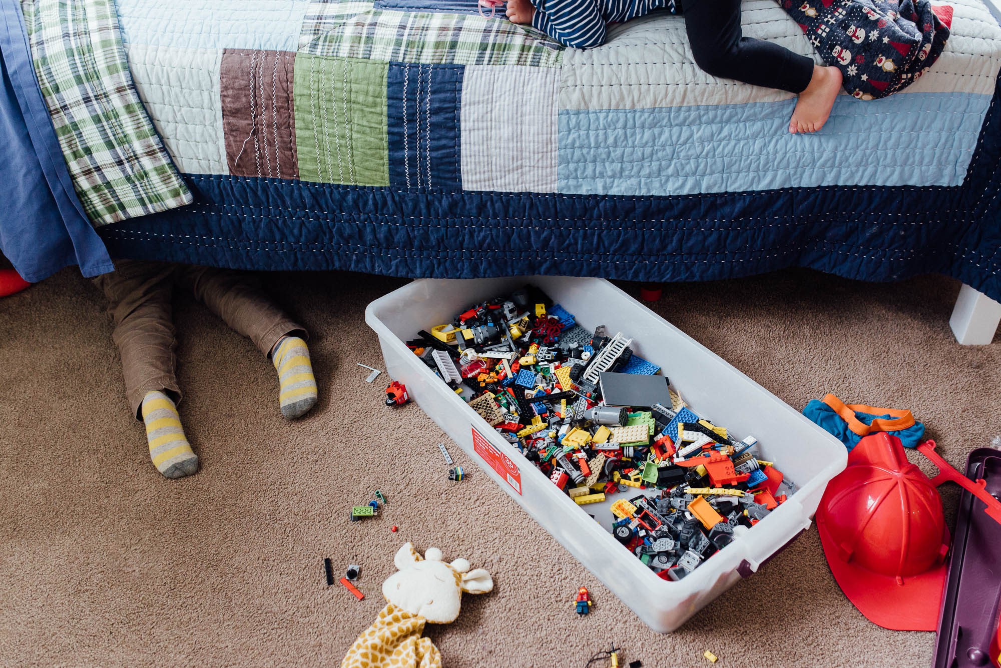 learning_photography_messy_childrens_room-1.jpg