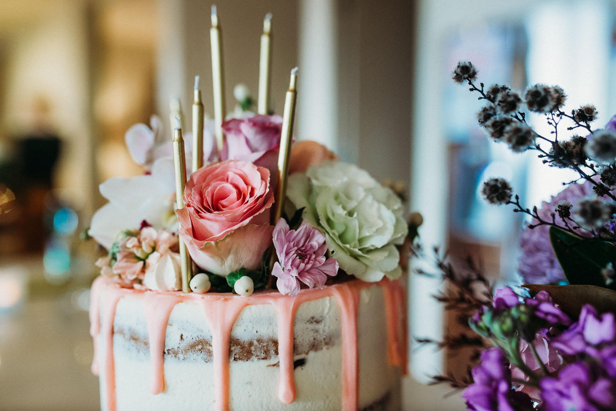 birthday-cake-party-tips.jpg