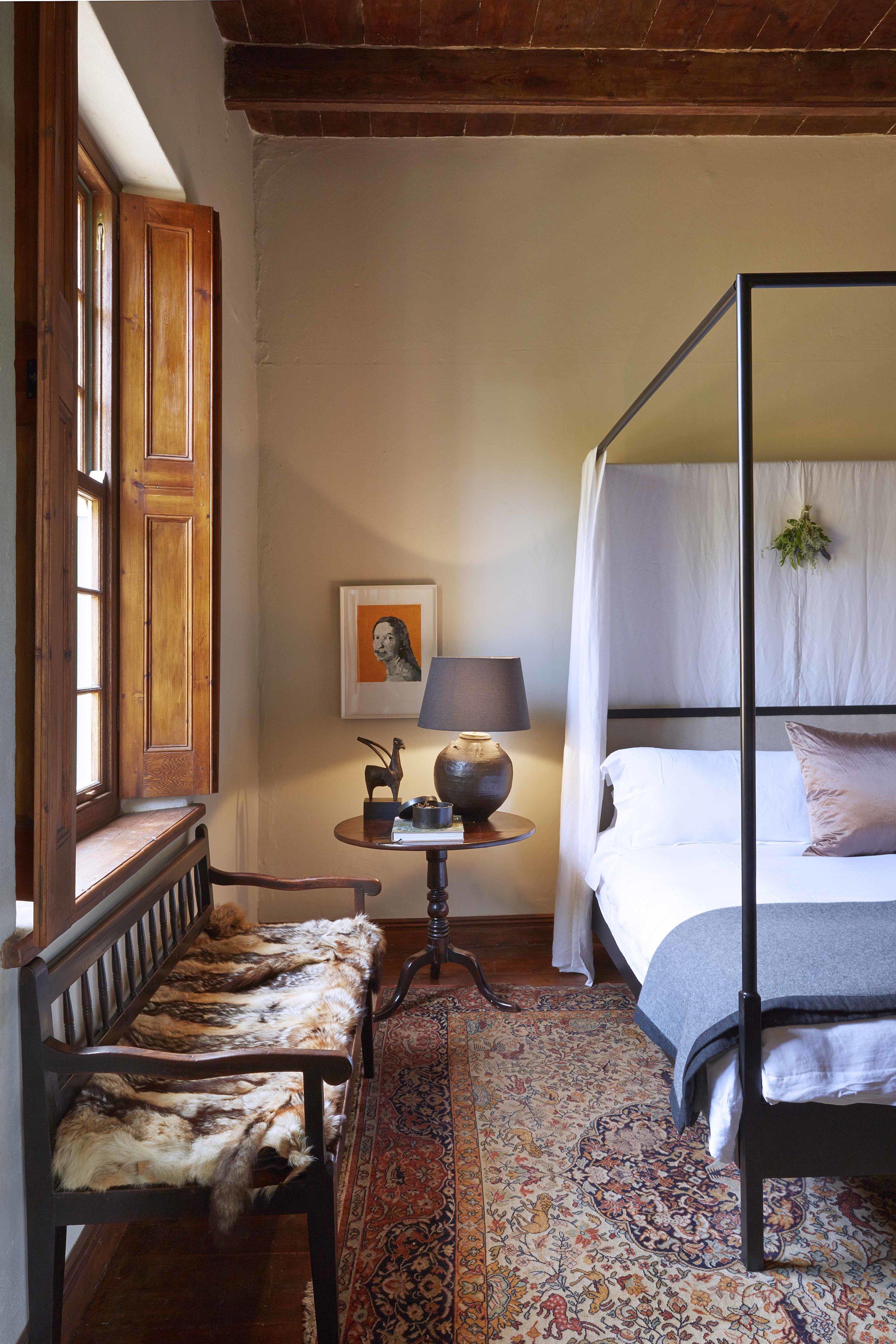20 Bath - bedroom 1.jpg