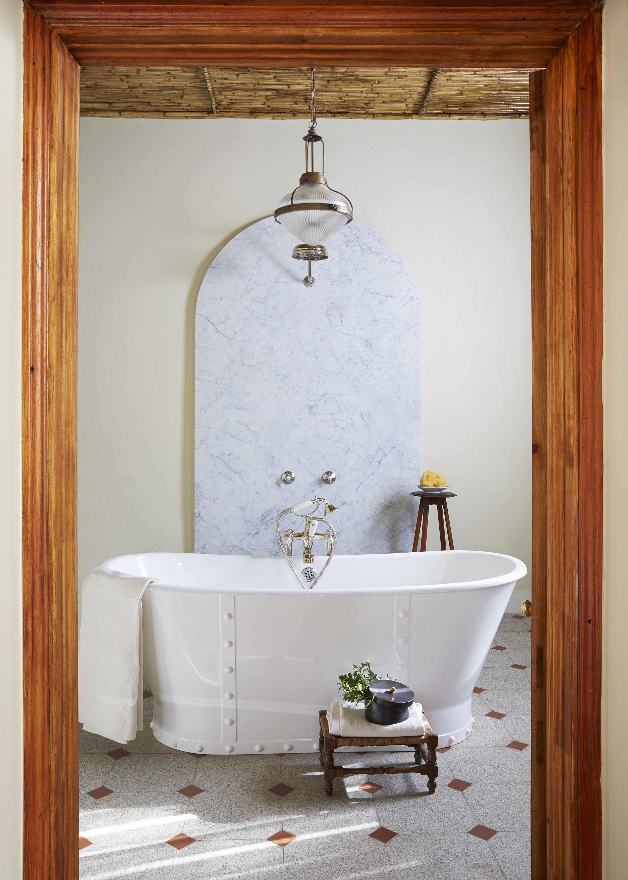 30 Bath - bathroom 1 .jpg