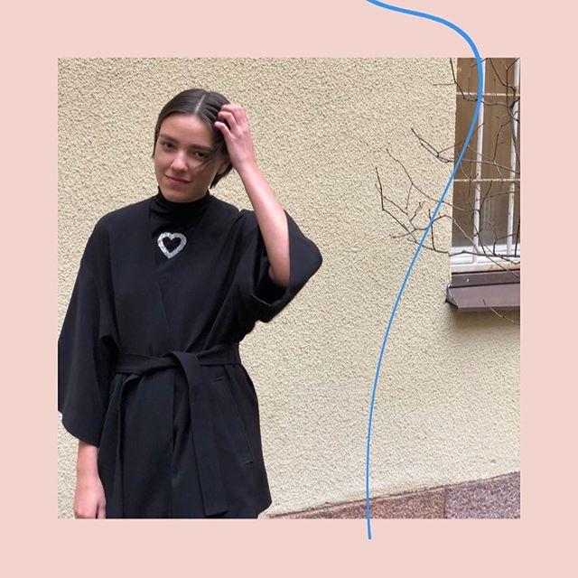 Bonjour Vera Kindblom! Ny praktikant från Berghs pr-utbildning 🌟