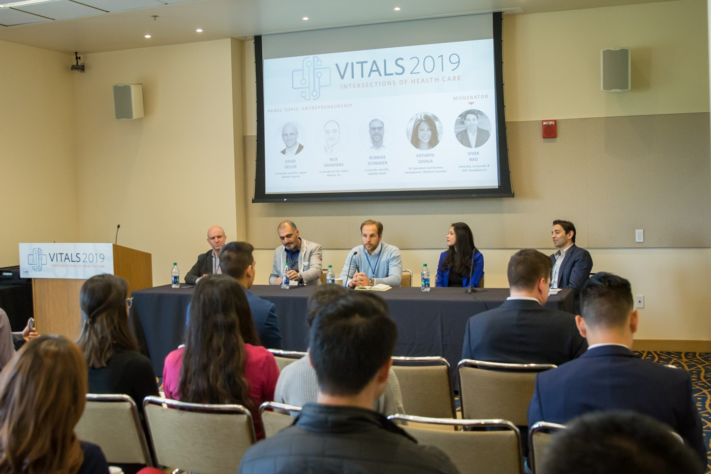 Foundation AI CEO Vivek Rao moderating the Vitals 2019 panel on Entrepreneurship in Healthcare.