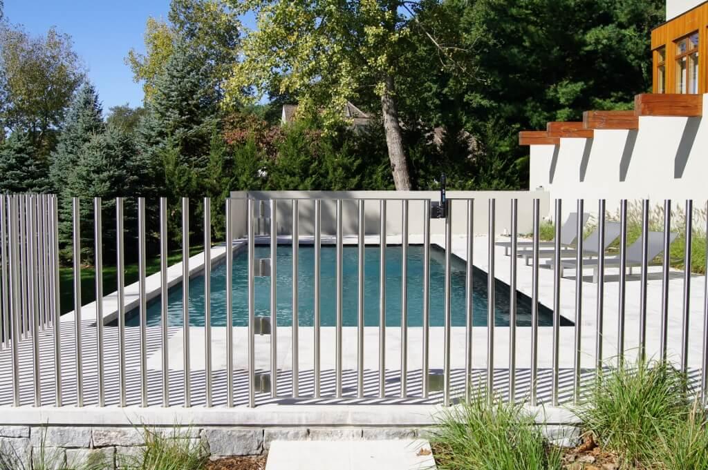 Stainless steel pool fence (1024x681).jpg