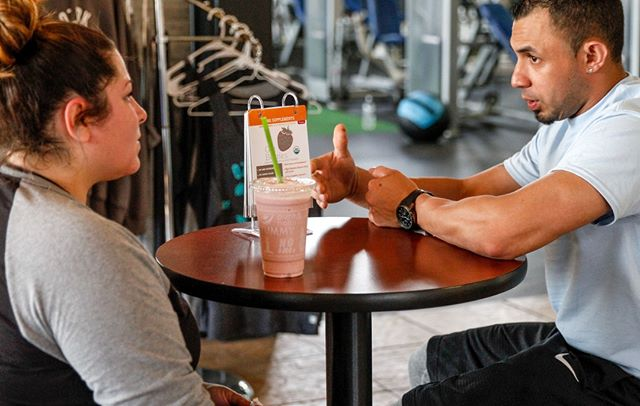 Go over your fitness goals with your personal trainer while enjoying a delicious smoothie from us! We can assure you, this is a great way to re-fuel post workout. ⠀ ⠀ .⠀ .⠀ .⠀ .⠀ .⠀ .⠀ #Ozarkfitness #cleanandgreen #clean #green #smoothie #health #delicious #nongmo