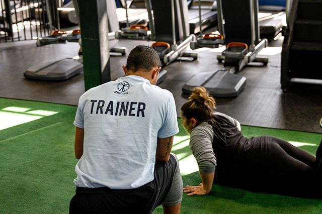 Looking to jump start your fitness journey? Whether you are trying to shed a few pounds, build more strength, or be the healthiest version of yourself, we are here to help along this journey. Not sure if a personal trainer is right for you? Try out a FREE personal training consultation with one of our fitness professionals.⠀ Sign up link in bio! ⠀ .⠀ .⠀ .⠀ .⠀ .⠀ #personaltrainer #training #getfit #fitness #ozarkfitness #cleanandgreen #health #gym #poplarbluff #ozarkmissouri