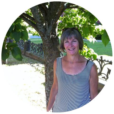 Lynn MacKinnon.png