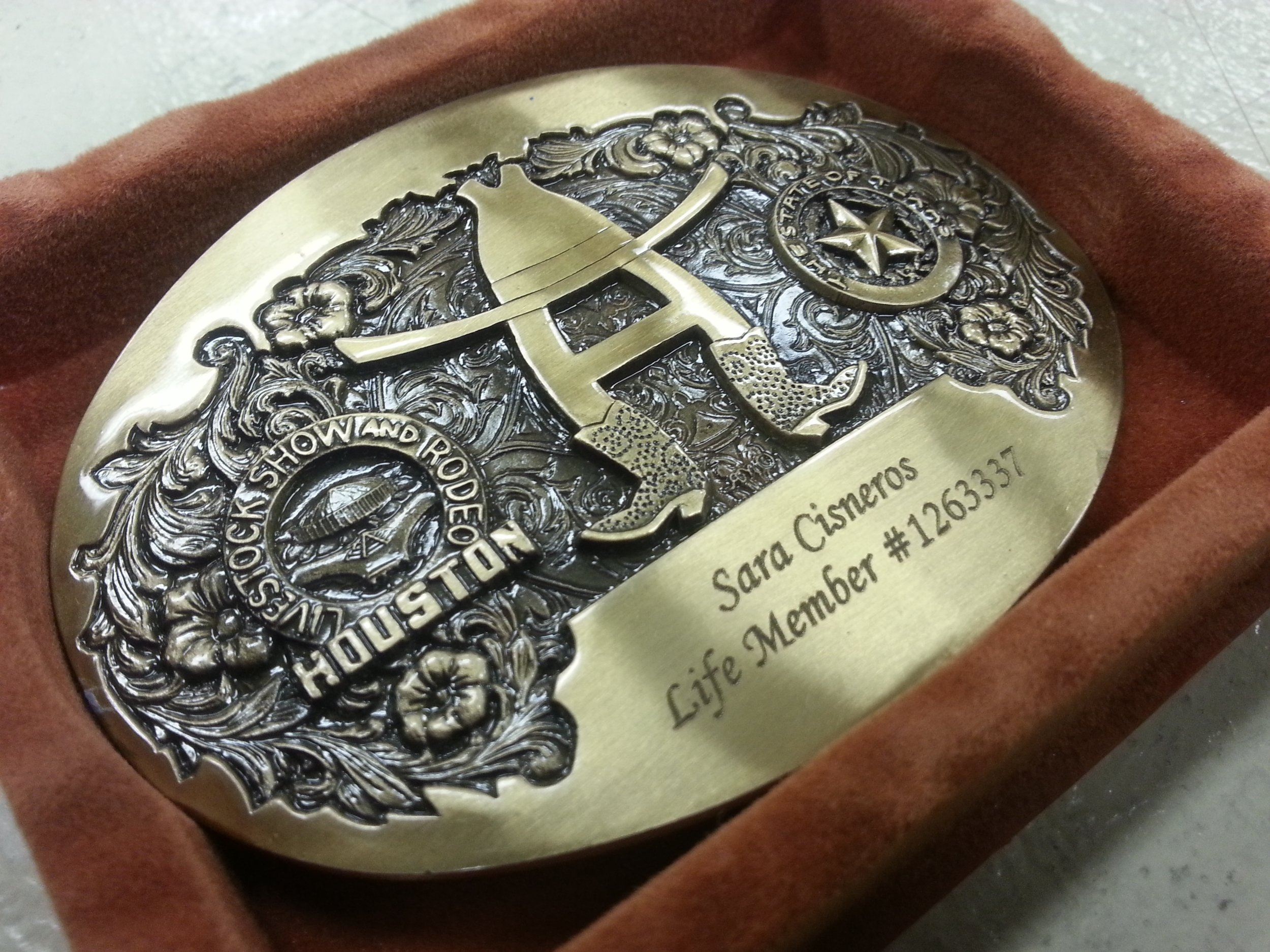 engraved houston rodeo belt buckle