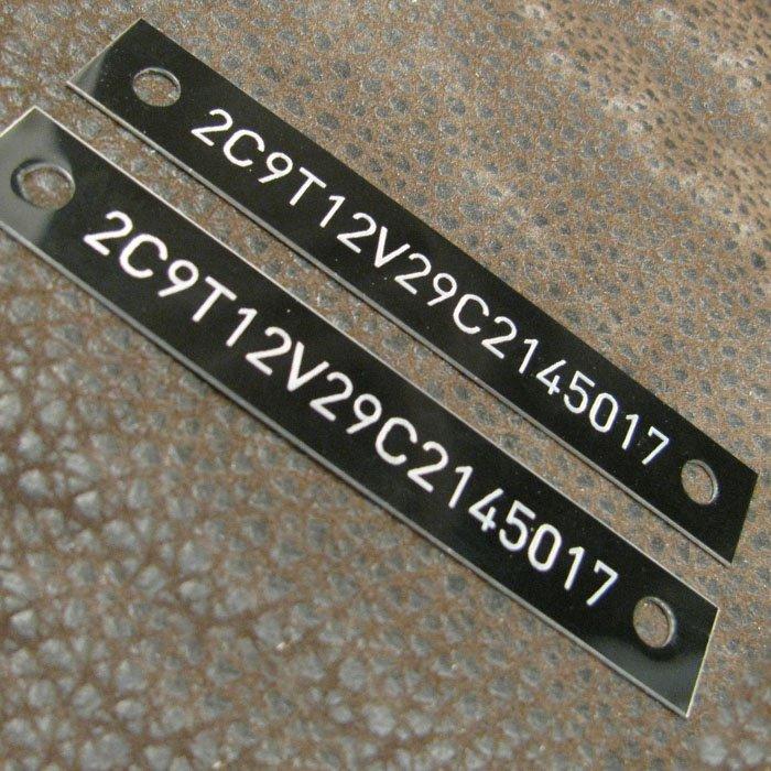 custom phenolic tags