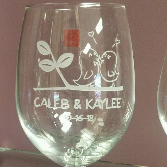 custom engraved wine glass - glass etching