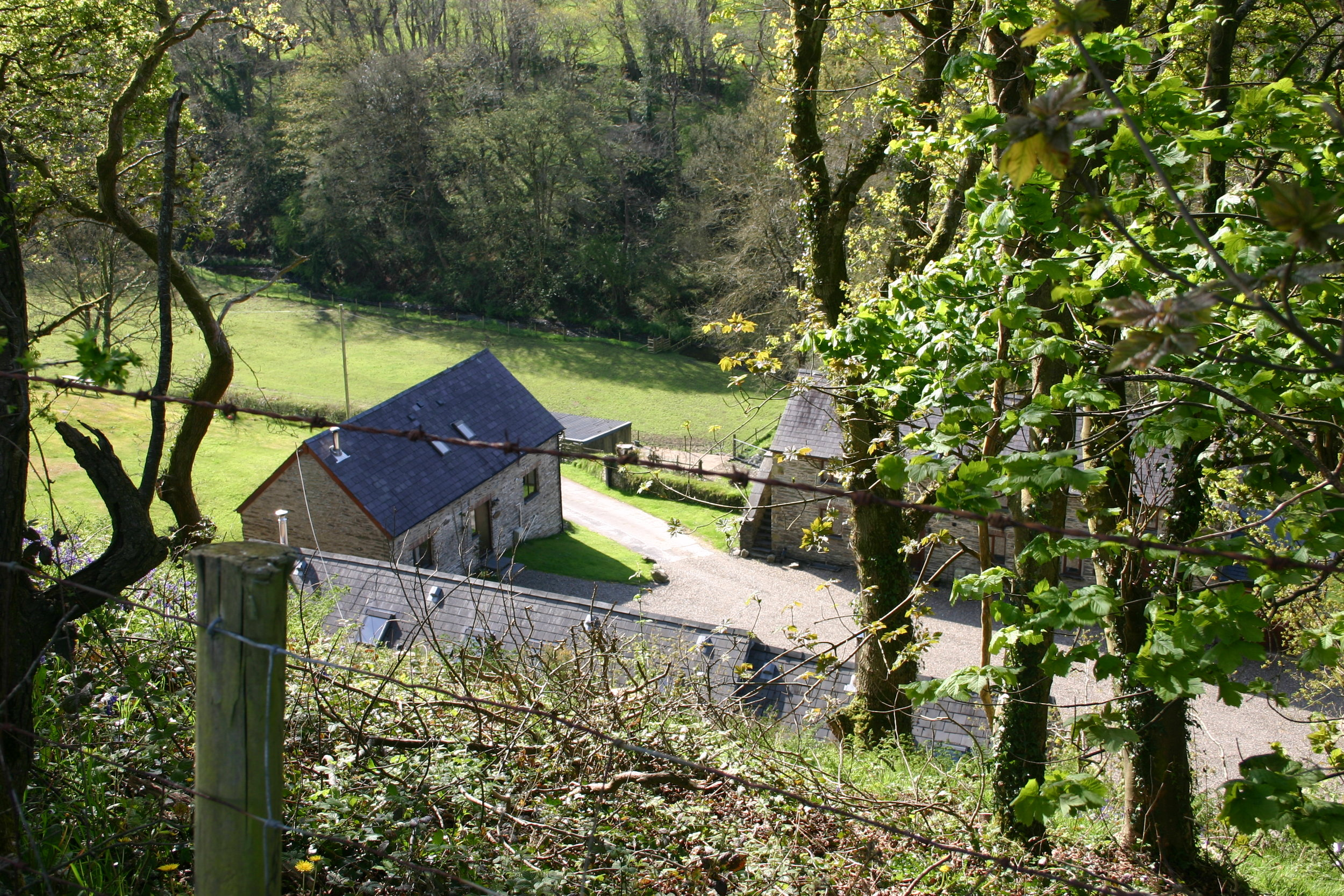 Book Your Stay - Stay at Troedyrhiw Holiday Cottages