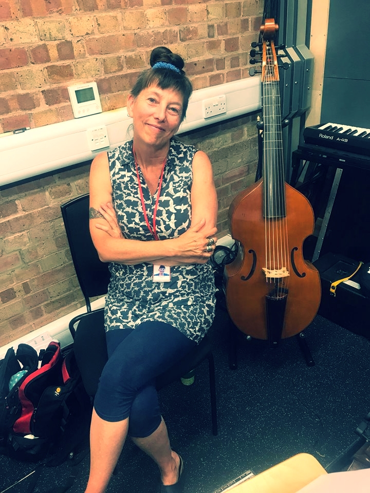 Violinist and Bass Viol player Sianad Jones