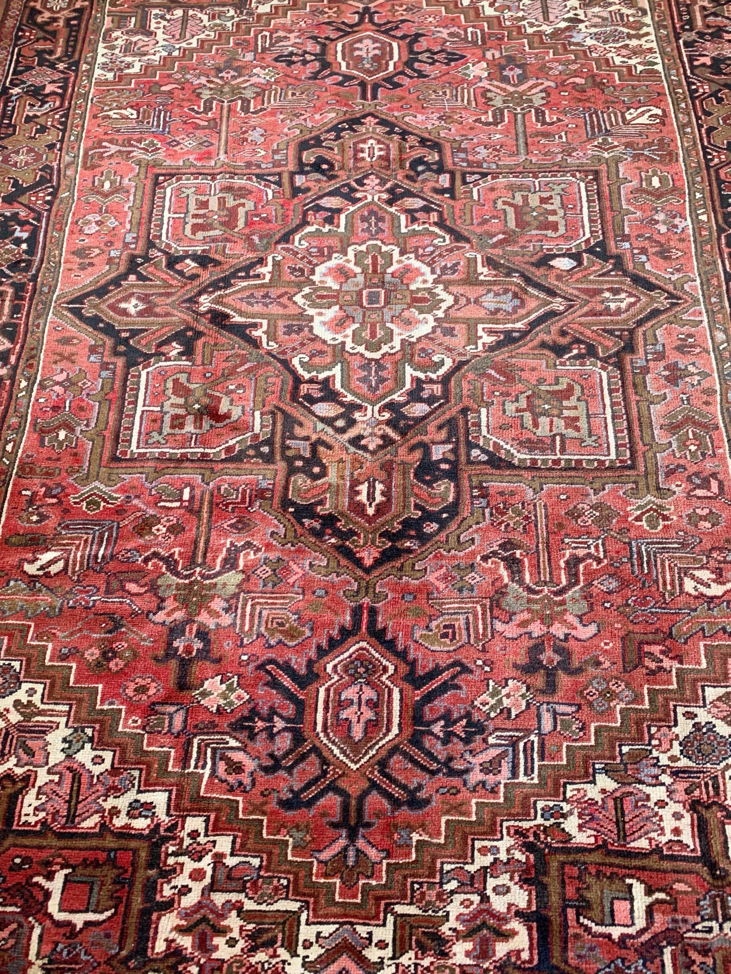 Vintage Heriz rug