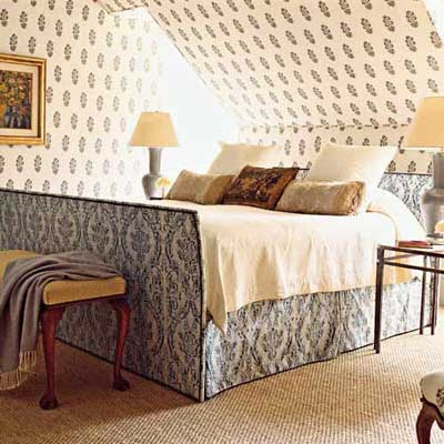 Fiona Newell Weeks - wallpapered bedroom - english country.jpg